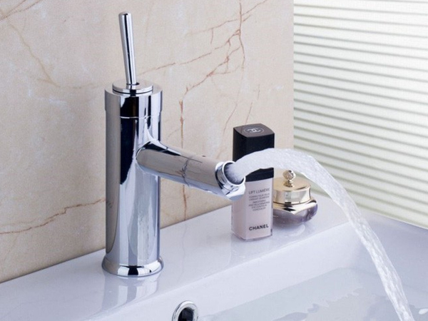 4 things to consider when choosing faucets for bathrooms